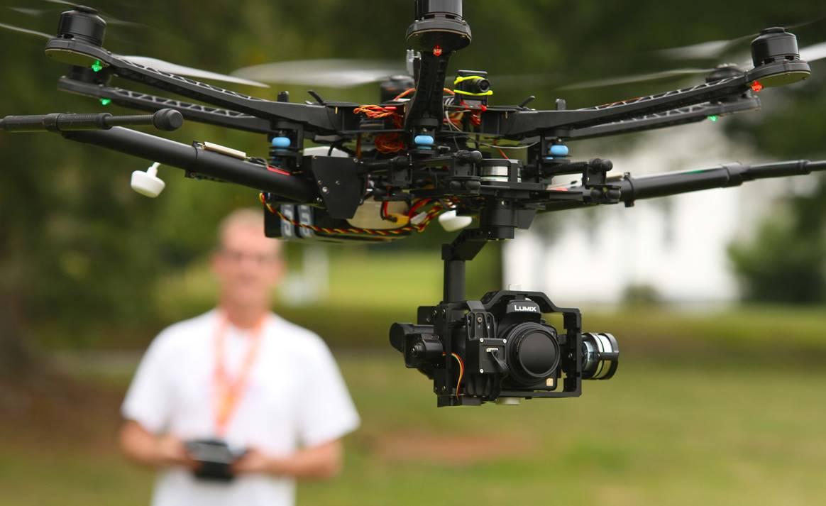 drones-with-camera
